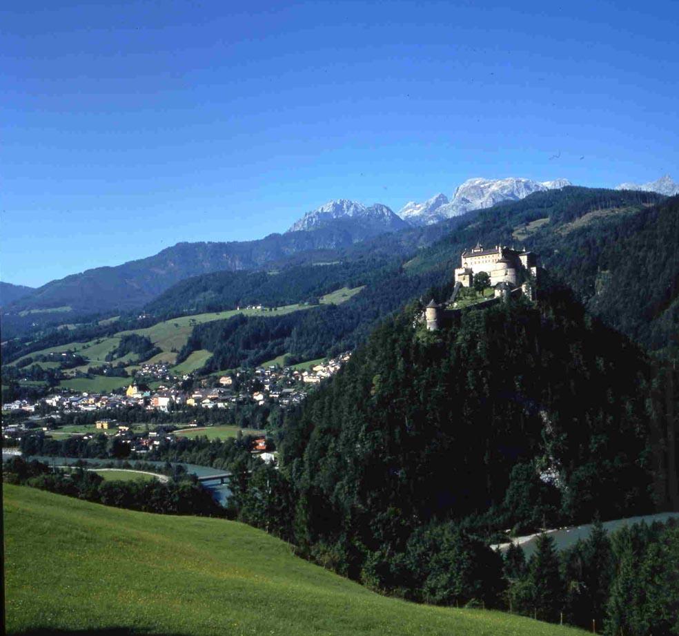 österreich werfen burg